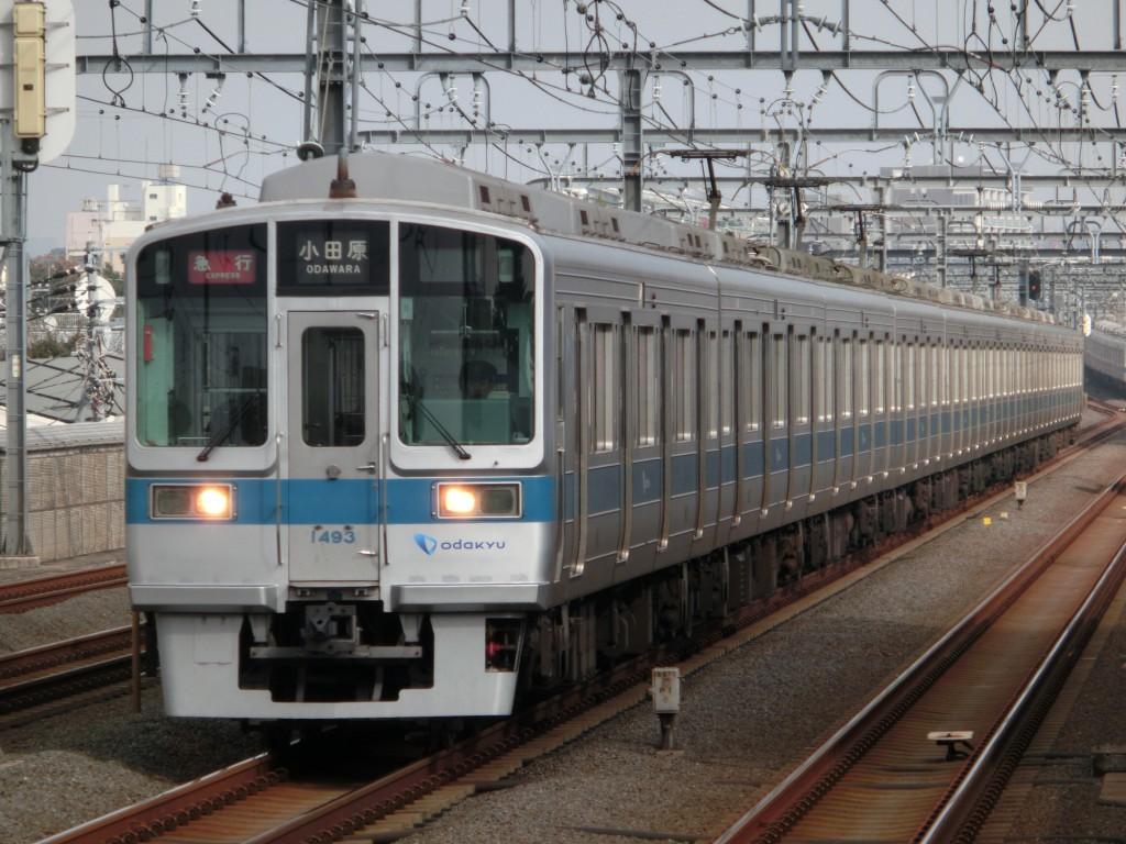 小田急線と都営10 300形10 490f 10 300形3次車 あっくんブログ